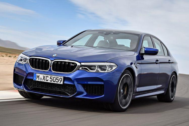 News: Neuer BMW M5 erstmals mit M xDrive Allradantrieb und kohlefaserverstärktem Kunststoff-Dach