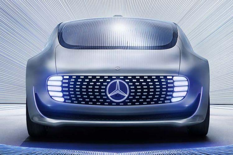 News: Mercedes F 015 Luxury Motion als Transportmittel von morgen