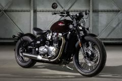 Motorrad: Triumph Bonneville als Bobber Custombike ab Werk