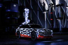 Pressemeldung Audi - Mit dem e-tron-Prototypen beginnt für Audi eine neue Ära