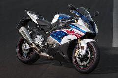 Motorrad: BMW S 1000 RR mit neuem ABS Pro und überarbeiteten Reihenvierzylinder