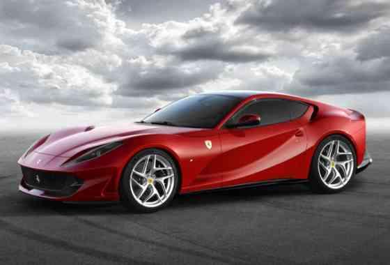 News: 800 PS machen den Ferrari 812 Superfast zum stärksten Sportwagen aus Maranello