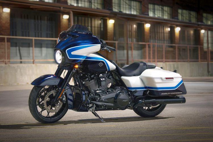 Motorrad: Harley-Davidson Street Glide Special in limitierter Arctic Blast Lackierung