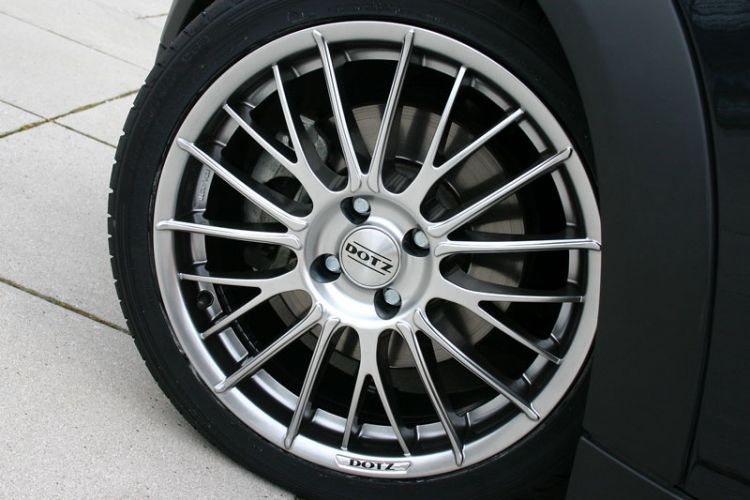 Test: Alurad Dotz Rapier shine mit Ultra-High-Performance Sommerreifen Hankook Ventus S1 evo