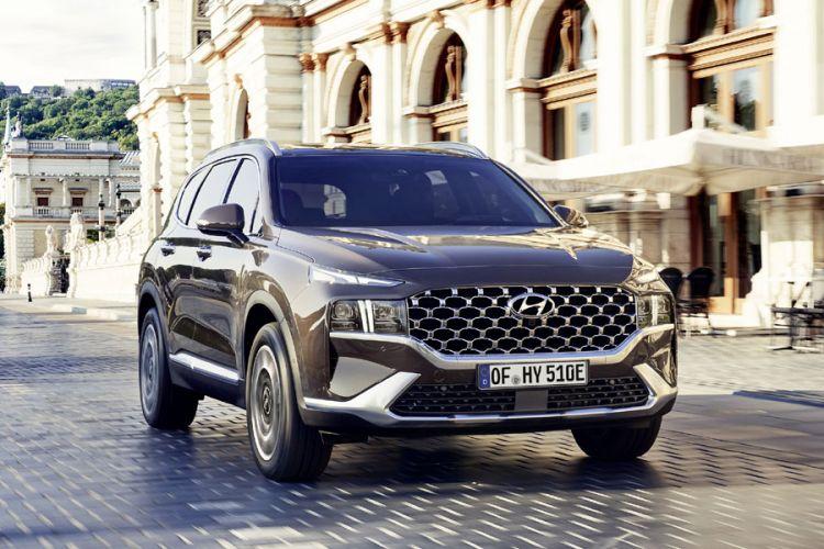 News: Hyundai Santa Fe mit neuem Plug-in-Hybrid Antrieb zum Luxus-SUV