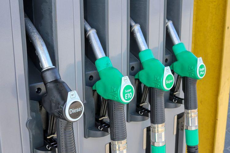 News: Effektiv Sprit sparen bei steigenden Kraftstoffkosten