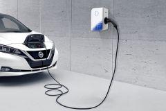 Pressemeldung Nissan - Profi-Ladestation für zu Hause