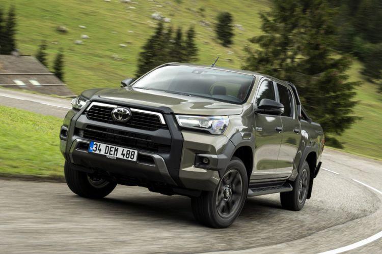 News: Topmodell des Toyota Hilux mit hochwertiger Invincible-Ausstattung