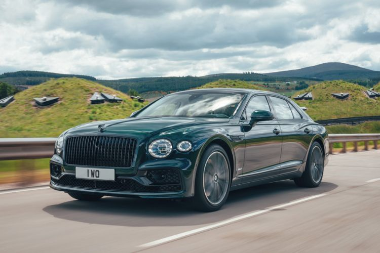 News: Bentley erweitert Hybrid-Modellreihe um den Flying Spur Hybrid