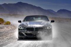 Pressemeldung BMW - Im BMW 8er Cabrio Prototyp durch das Death Valley