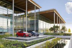 Pressemeldung Jaguar Land Rover - Neues Design- und Entwicklungszentrum in Gaydon