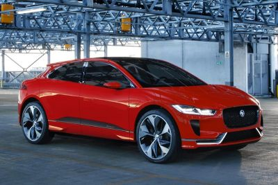 "E-Mobil: Jaguar I-PACE Elektromodell als First Edition in exklusivem ""Photon Red"""