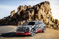 Pressemeldung Audi - Audi e-tron-Prototyp am Pikes Peak