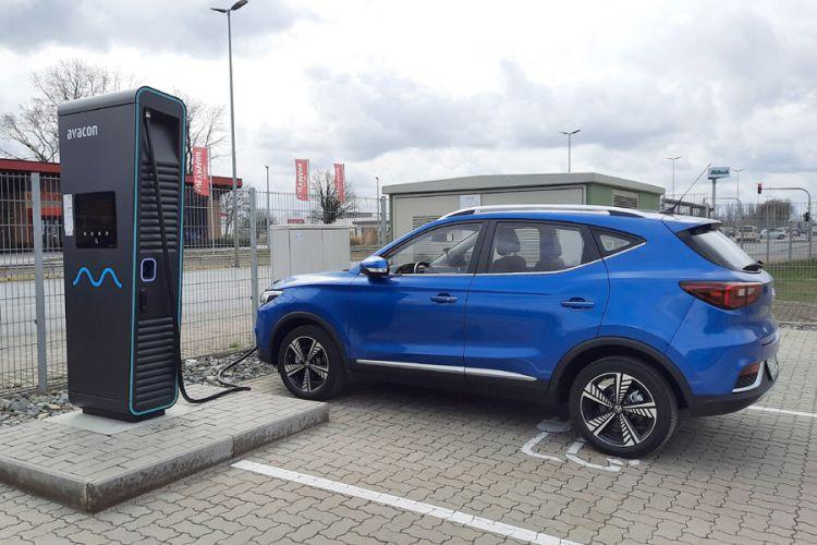News: Elektroautos sollen in Zukunft billiger werden als Verbrenner
