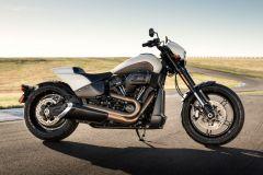 Motorrad: Neue Harley-Davidson FXDR 114 Softail mit Milwaukee-Eight 114 V-Twin