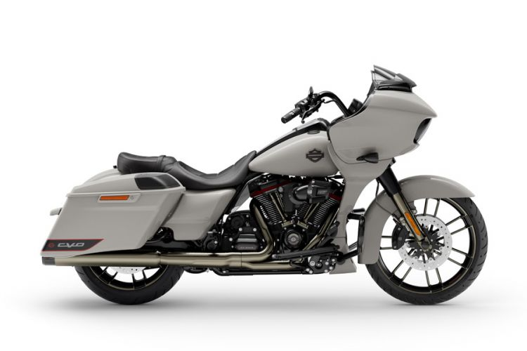 Motorrad: Limitierte Harley Davidson Road Glide aus dem Custom Vehicle Operations-Programm