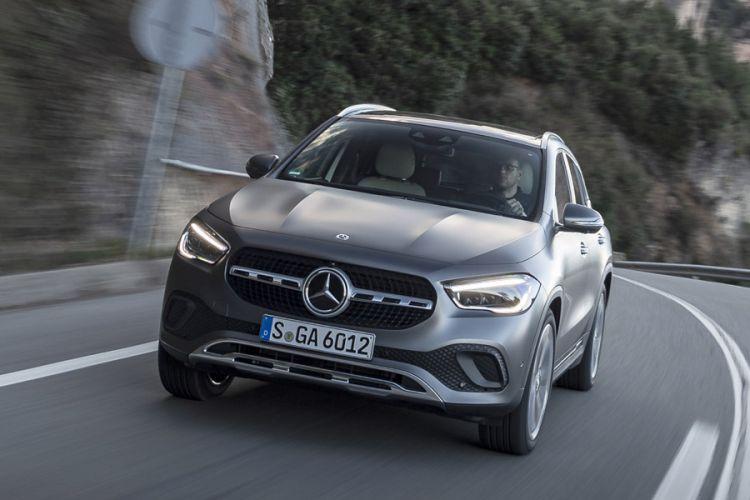 News: Neue Generation des Mercedes GLA Kompakt-SUV wächst in die Höhe
