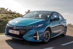 E-Mobil: Toyota Prius Plug-in Hybrid mit mehr Leistung und größerer Reichweite