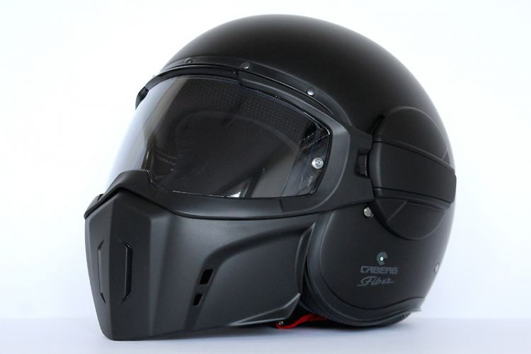 "Test: Caberg ""Ghost"" Jethelm im coolem Streetfighter-Design"