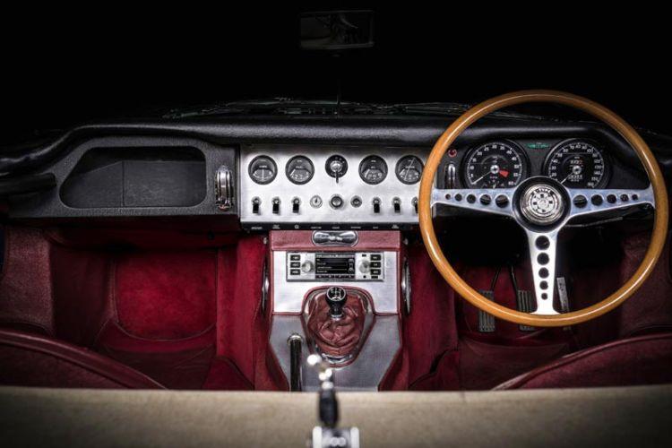 Tuning: Modernes Infotainment für klassische Jaguar und Land Rover Modelle