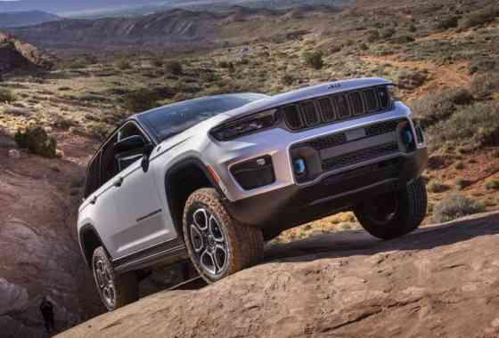 News: Neue Jeep Grand Cherokee Generation mit Plug-in-Hybrid-Antrieb