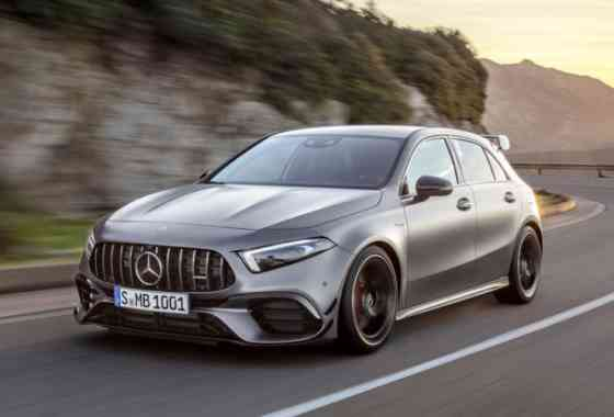 News: Kompaktklasse-Sportler Mercedes-AMG A 45 4Matic und CLA 45 4Matic