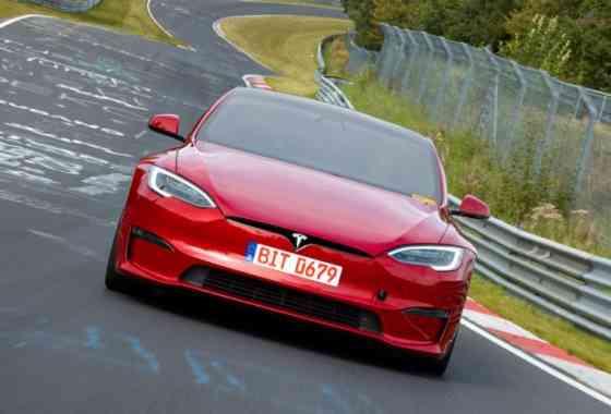E-Mobil: Tesla Model S Plaid knackt Rekordzeit von Porsche Taycan